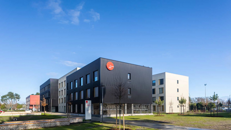 Ossabois a livré 400 logements étudiants en modulaire bois à Pessac (33) pour le compte de Domofrance et gérés par le Crous de Bordeaux – Aquitaine