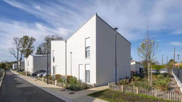 Ossabois a livré un lotissement de 24 maisons individuelles en ossature bois pour Toit et Joie au Perray-en-Yvelines (78)